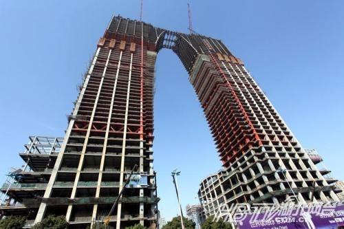 揭秘南京斧头大楼是如何炼成的 UFO大楼 全球 吊炸天 建筑大集合