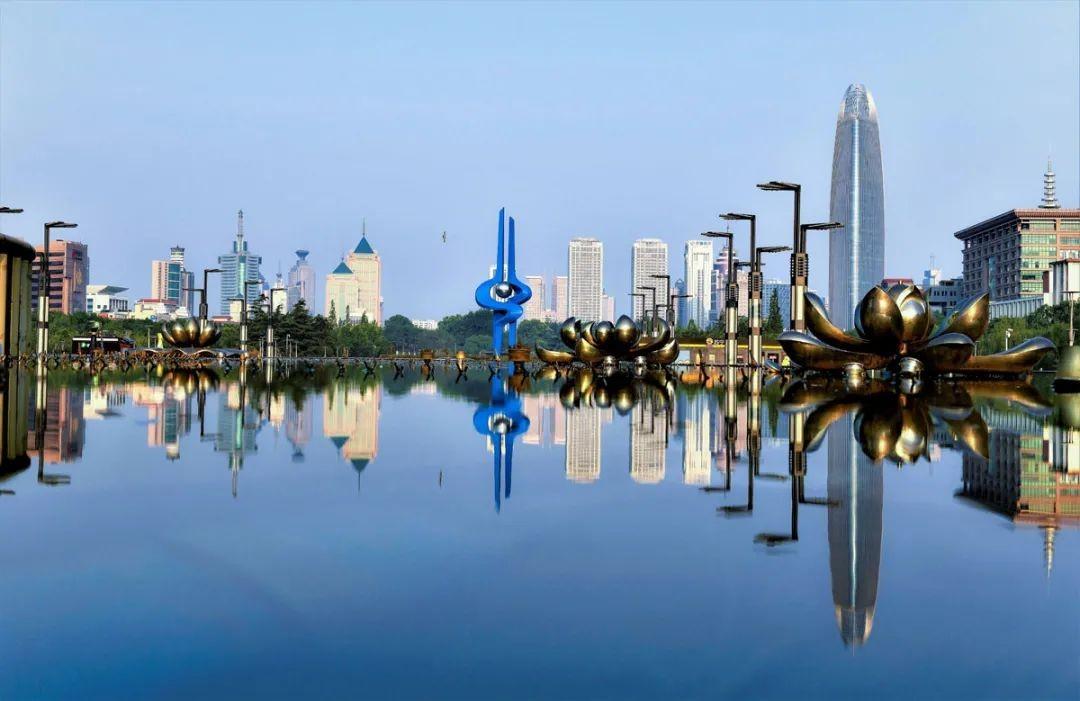 盘点2020中国万亿GDP城市:谁将晋级 谁需保级?_图1-4