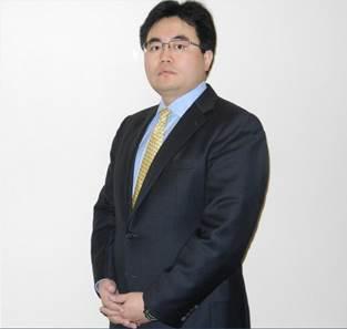 嘉实基金管理有限公司董事总经理、首席投资官(固定收益)经雷
