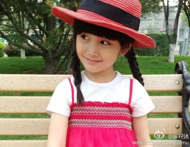 她是中国最美童星 因为她长的像——唐嫣佟丽娅