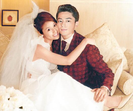 林心如、霍建华已抵达巴厘岛为婚礼做准备,昨天(7月24日)还被目睹亲密拍婚纱照。