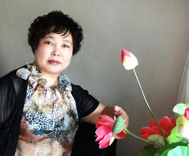 杨砚芬――书画界新闻人物系列报道之二