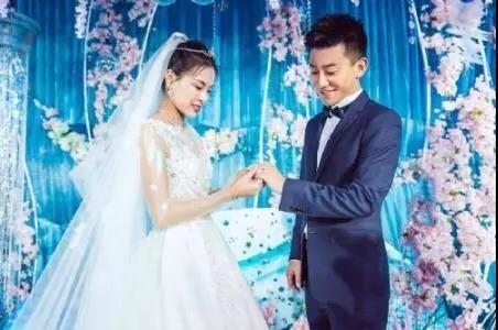 上海小囡吴敏霞怀孕了!跳水女皇家庭事业双丰收_图1-4