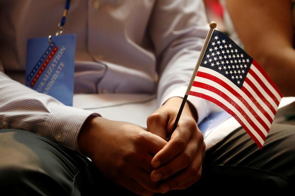 川普政府将公布全面移民改革方案 教育背景、技能优先于亲属关系_图1-1