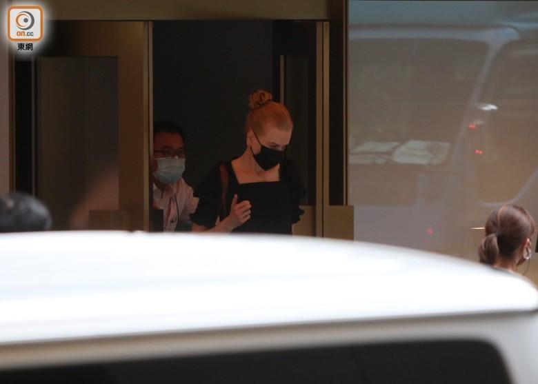 妮可・基德曼抵港2日就开工 官方:她获豁免检疫_图1-5
