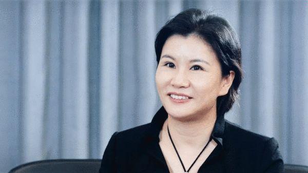 蓝思科技盈利降八成:苹果打喷嚏 中国女首富感冒