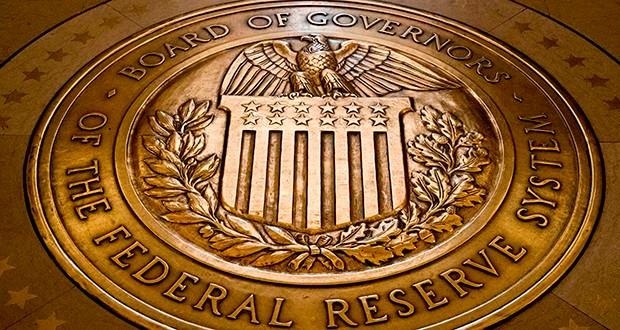 """联储利率政策宣布在即 川普再抨""""光降息是不够的""""_图1-3"""