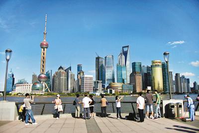 2020年中国和美国的经济总量_中国和美国时间对照表