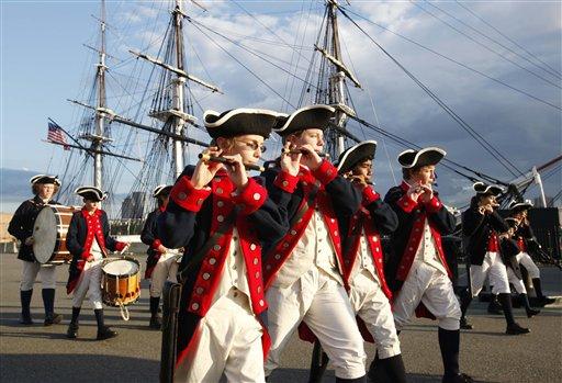 美国独立日长周末 各地开始庆祝活动