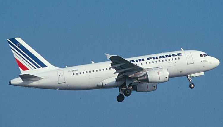 新加坡航空公司以及香港飞机