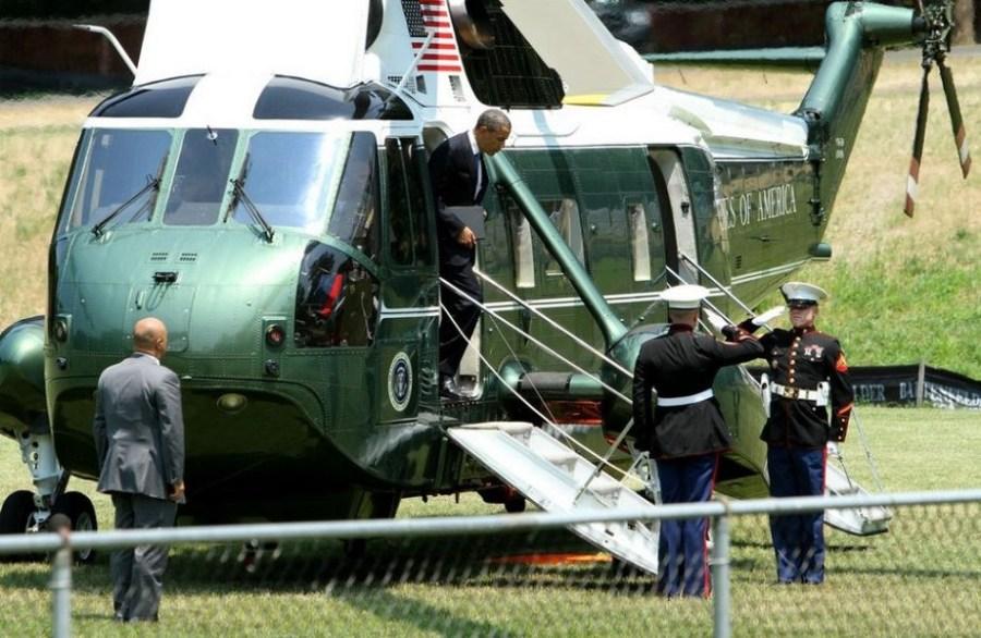 奥巴马乘2亿美元海军陆战队专机出巡