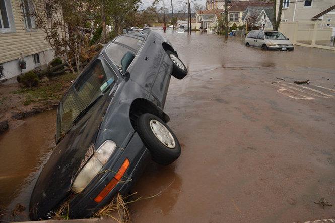 飓风珊迪肆虐下的纽约史丹顿岛(组图)_图1-1