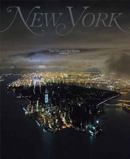 摄的纽约曼哈顿停电图:半城漆黑半城通明-夜晚曼哈顿 一半辉煌一