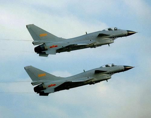 中国空军否认让路春运 绷紧了神经