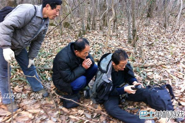 周正龙和华南虎的不解之缘 林中布相机阵出狱找真虎