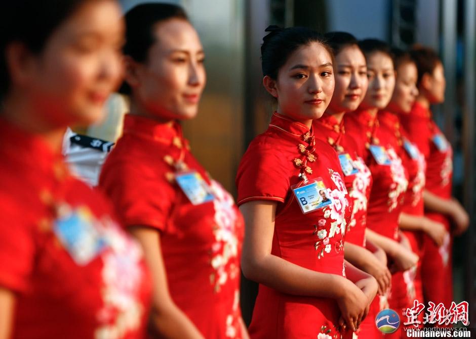 博鳌论坛开幕式今举行 美女礼仪列队欢迎