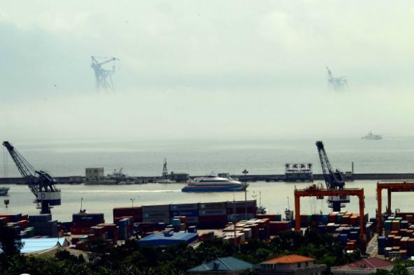 珠海海面出现海市蜃楼 罕见海上奇观惹人惊叹(组图)