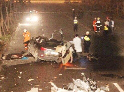 温州奥迪q5车祸致7死1伤(图)