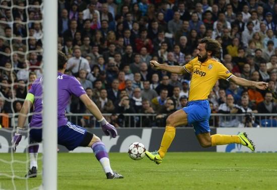 欧冠:皇马2-1尤文图斯 基耶利尼送点染红