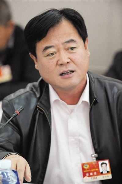 政协委员谈央企负责人薪酬改革:月薪7800元只是基本工资_图1-2