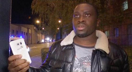 大难不死!巴黎恐袭中一男子靠手机抵挡子弹捡回一条命_图1-1