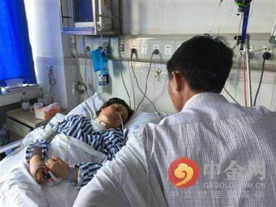 女子针灸电疗后瘫痪住进医院