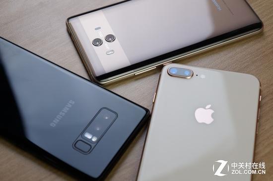 ▲三星Note8、华为Mate10和苹果iPhone8 Plus