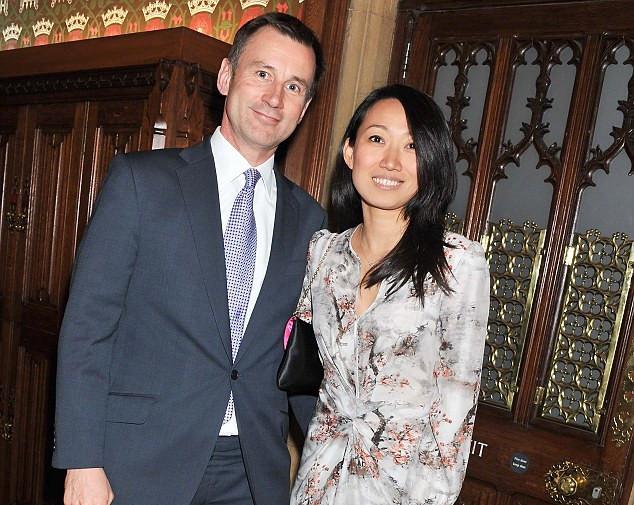 杰里米・亨特担任英国新外交大臣 系中国洋女婿_图1-3