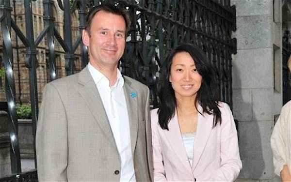 杰里米・亨特担任英国新外交大臣 系中国洋女婿_图1-2