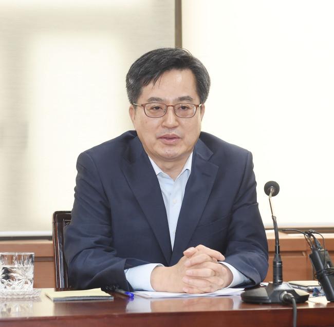 中美贸易摩擦 致韩国就业形势08年以来最严峻_图1-3