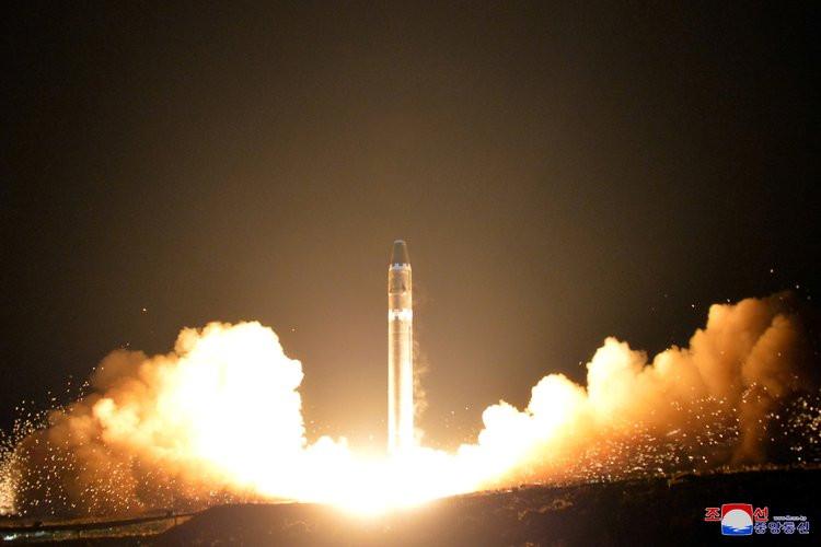 """美情报显示朝鲜在建造新弹道导弹?白宫:""""这没什么""""_图1-4"""