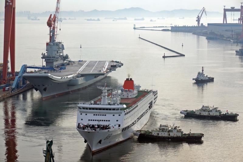 中国首艘国产航母整装迎第二次海试_图1-1