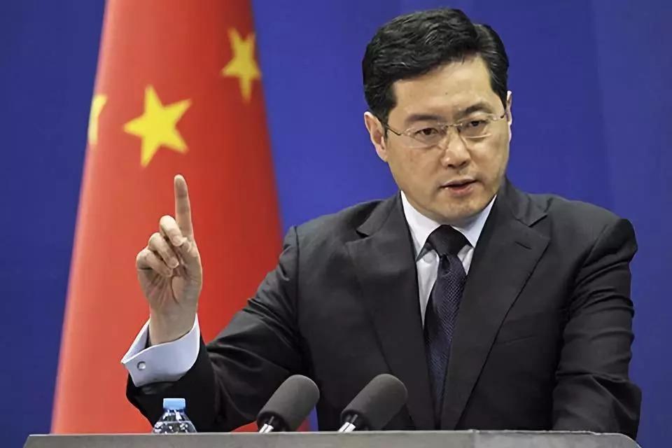 他成现任最年轻副外长 曾两度担任新闻发言人_图1-3