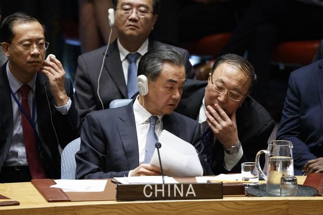 """""""他们不想让我赢!"""" 川普在安理会指责中国干扰中期选举_图1-5"""