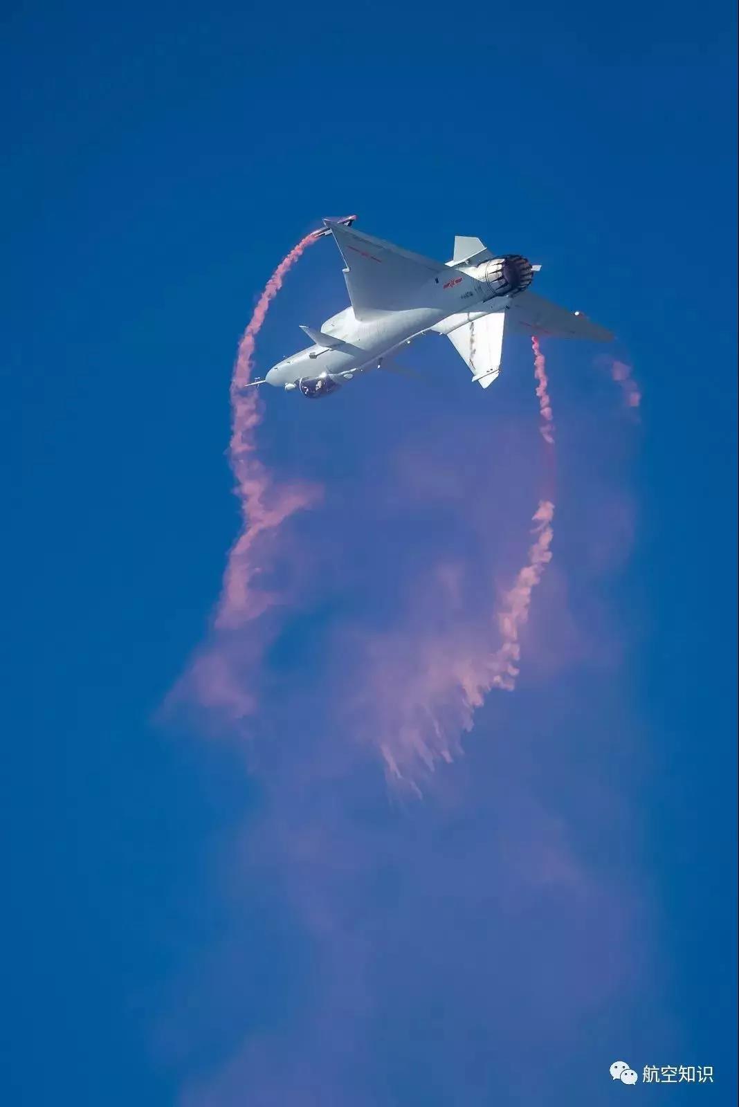 珠海航展上中国战机的这个动作,牛在哪?_图1-1