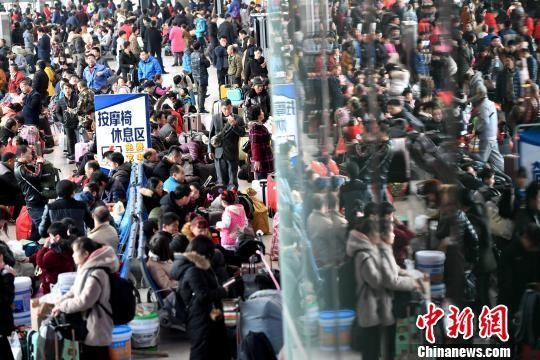 中国流动人口开始回流 2亿人的结构性红利面临挑战_图1-1