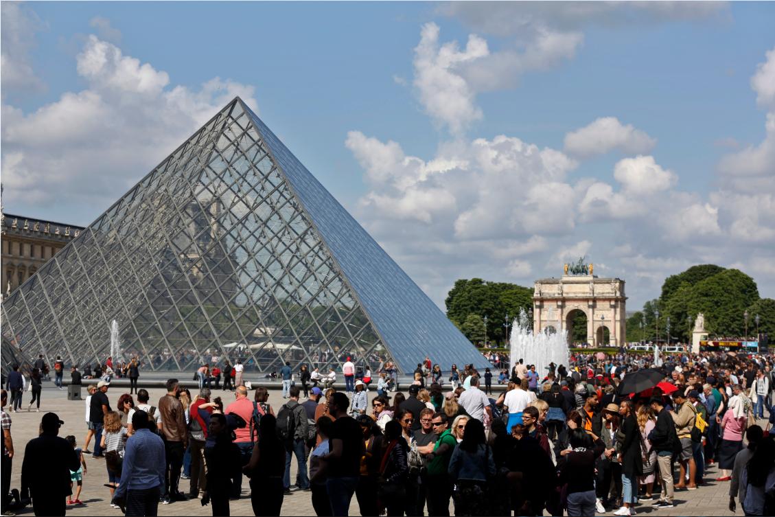 《蒙娜丽莎》展厅过度拥挤 卢浮宫闭馆一天后重新开放_图1-1