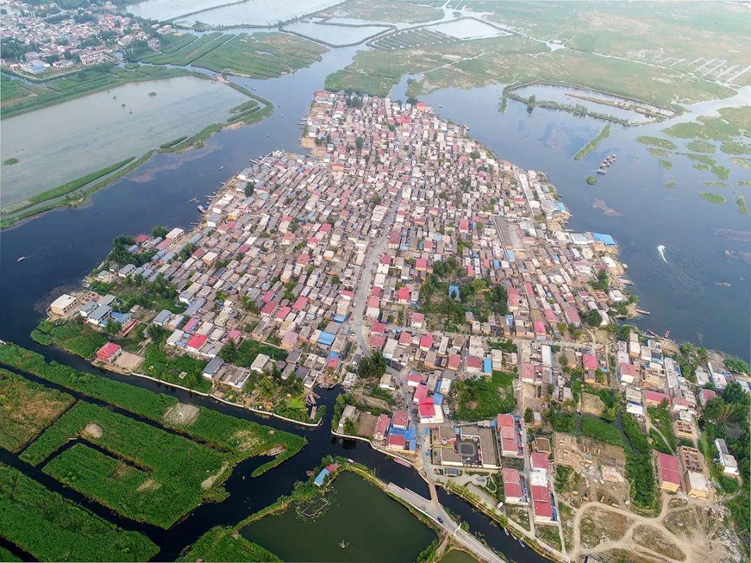 航拍雄安新区光淀村全景 图片来源:视觉中国