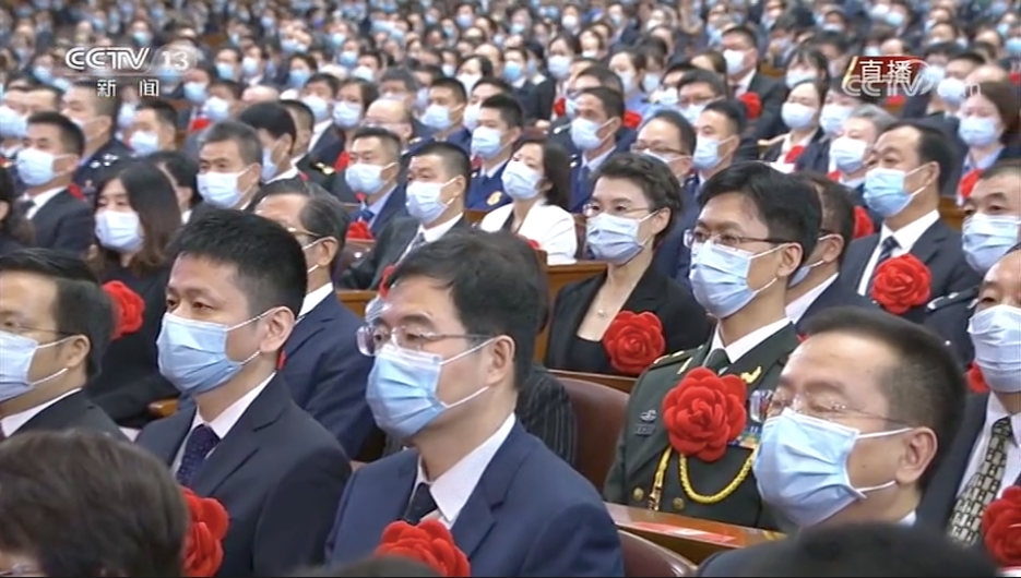 中国最高规格表彰大会上的六个细节:湖北团在合影中央_图2-4
