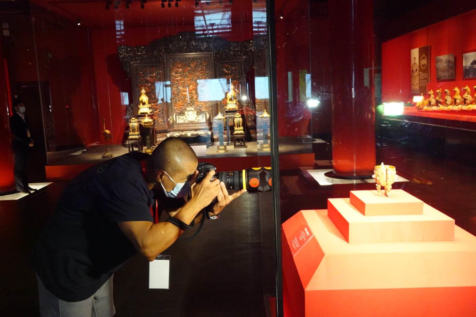紫禁城建成六百年大展登场 深宫漆纱两百年来首展出_图1-4