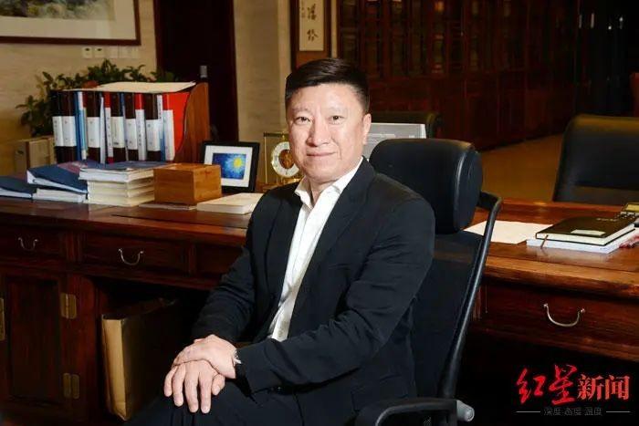 中国富豪¥1250万拍下比利时赛鸽:5岁起便爱上鸽子_图1-1