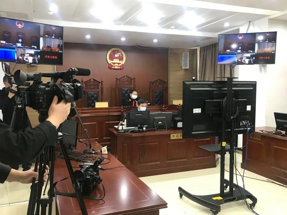 沈阳父子核酸检测点殴打民警 分别获刑一年、十个月_图1-4