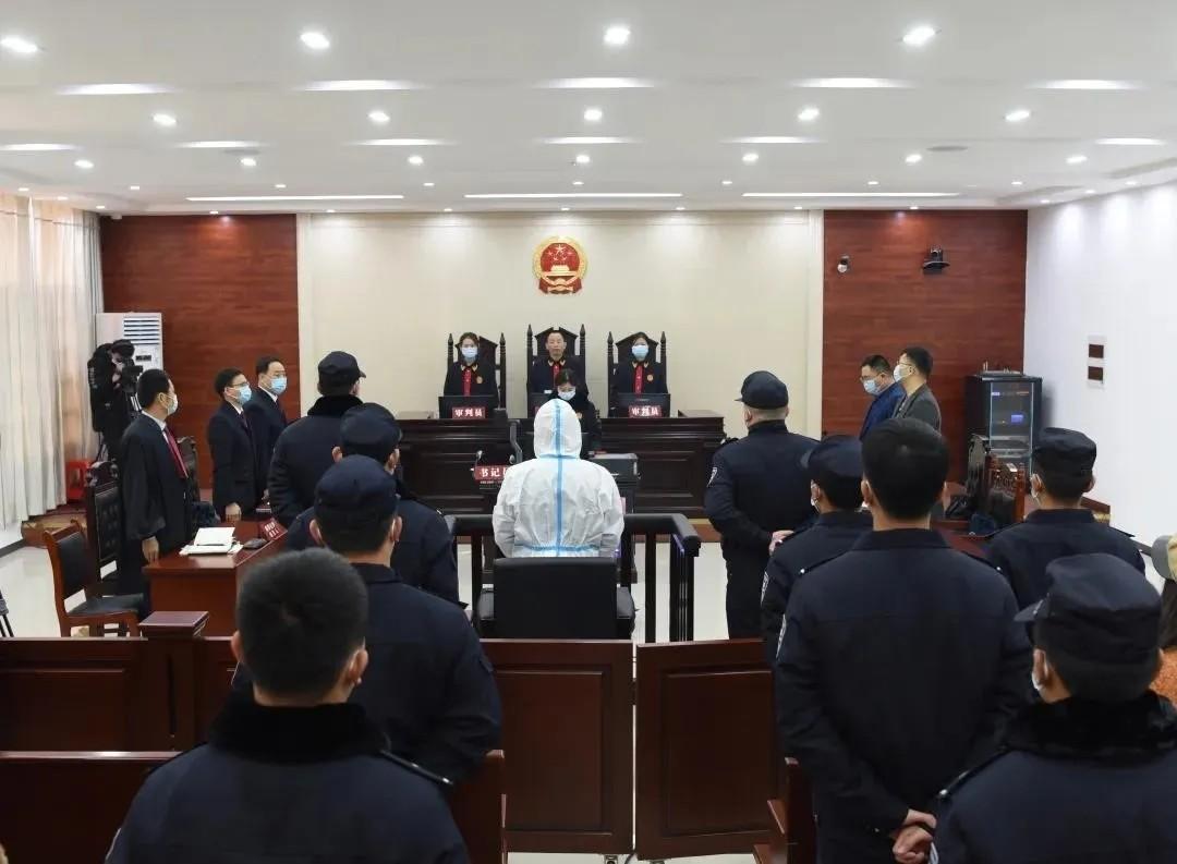 6天连杀3人的曾春亮获死刑 被害人家属质疑警方渎职_图1-1