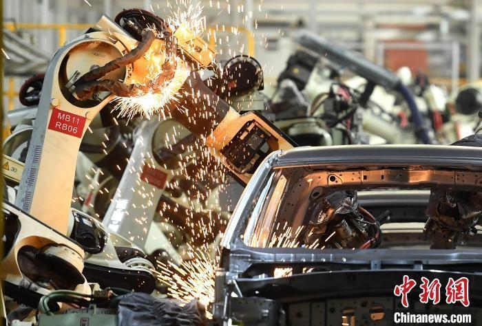 中国两会前瞻:经济恢复进行时 今年发展目标怎么定_图1-4