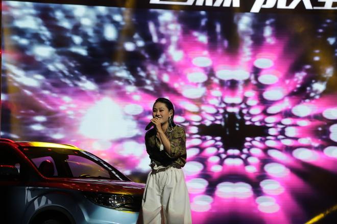 森雅R7智能网联版上市 售价8.29-10.29万