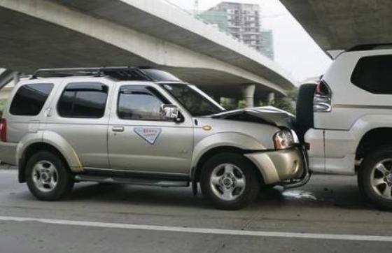 七座SUV很美好?但其实安全性是最差的,遇到事故便是重伤