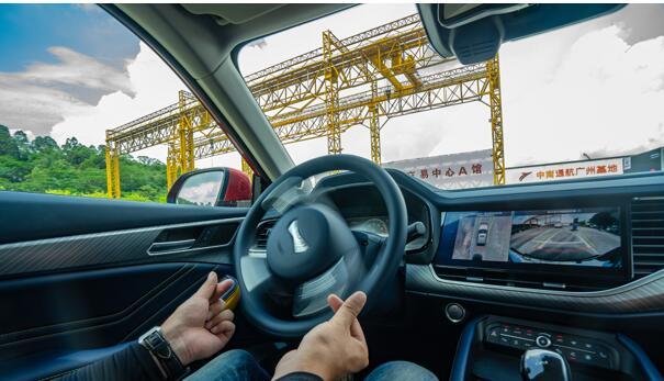华少李诞罗永浩全点赞 2021款哈弗F7为何走红北京车展