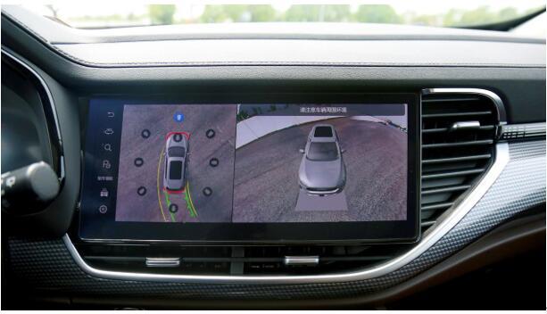 2021款哈弗F7x搭载ADAS全新高级智能驾驶辅助系统,不仅支持L2级自动驾驶功能,同时还支持全自动融合泊车功能,安全指数大幅升级,令年轻用户驾乘更安心。